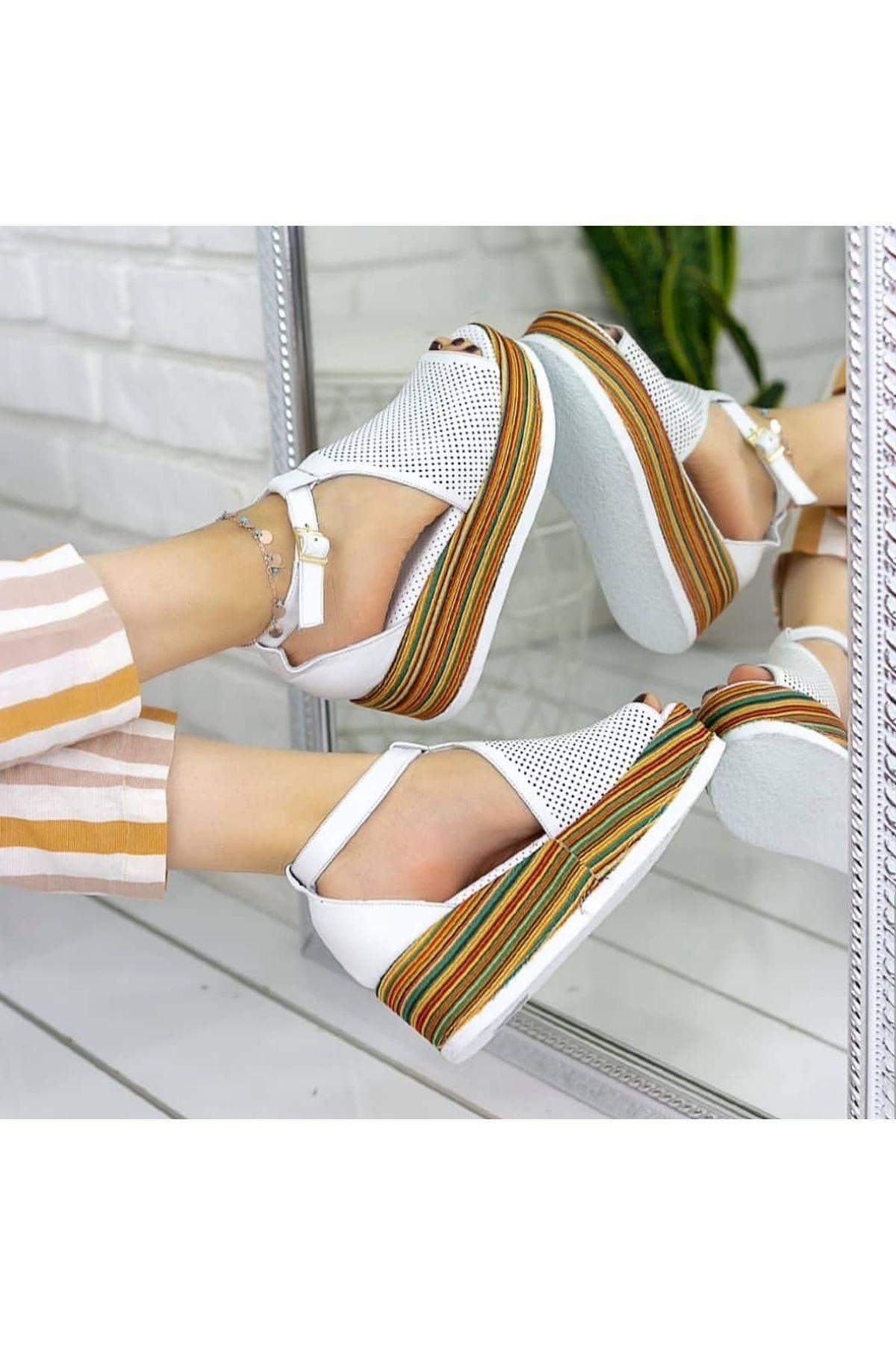 Guja Mat Deri dolgu Topuk Sandalet Beyaz