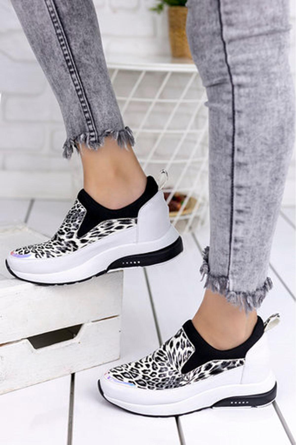 Kamuflaj Mat Deri Zebra Baskılı Kadın Sneakers Beyaz