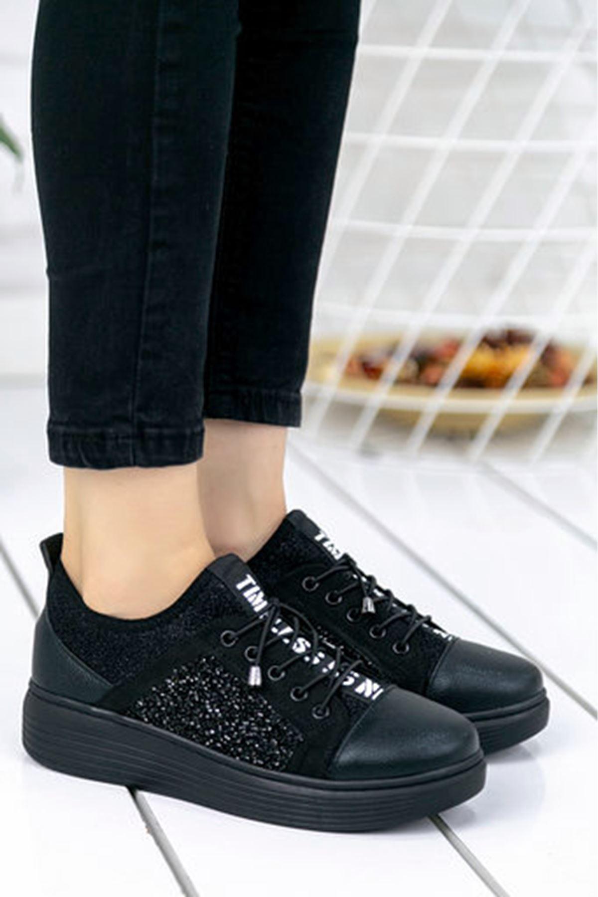 Cappi Rugan Taş Detay Dalgıç Kumaş Spor Ayakkabı Siyah