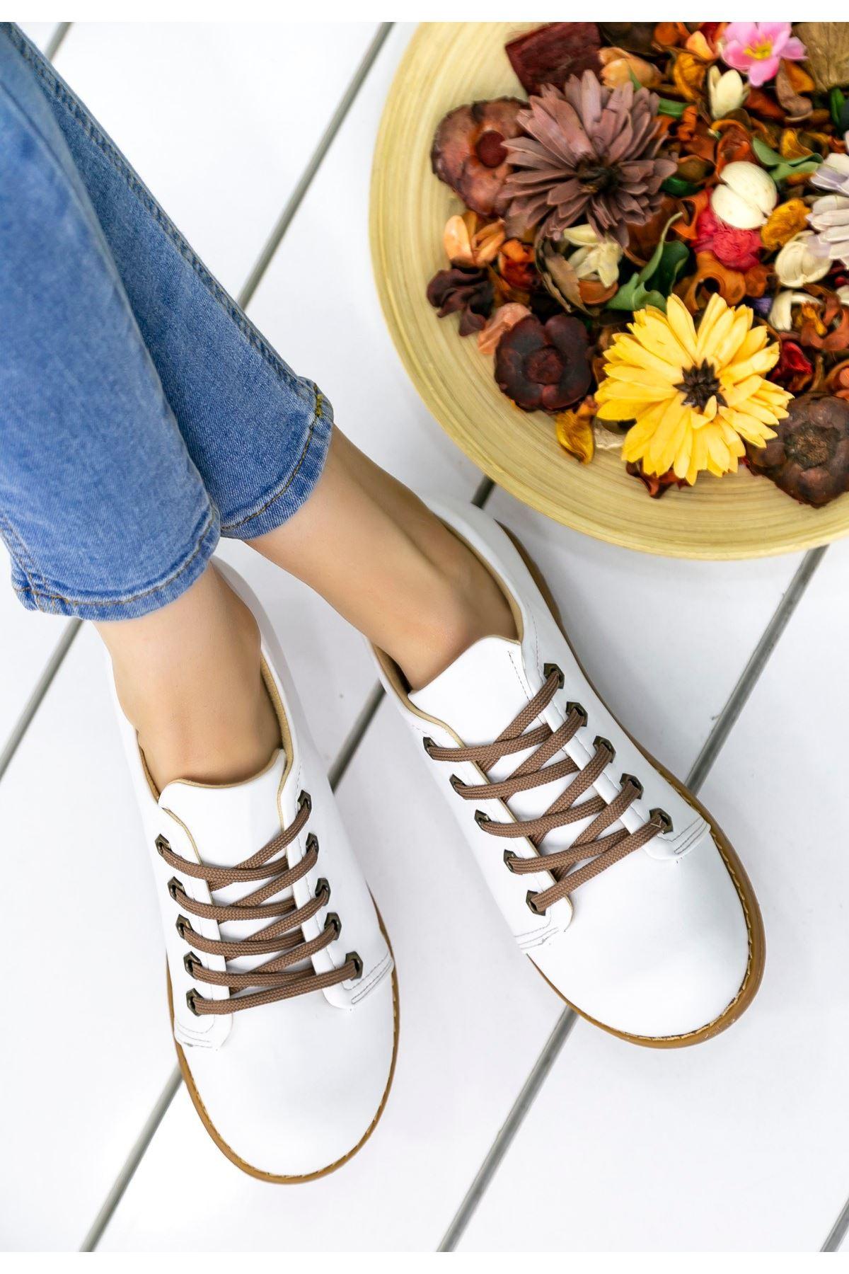 Derina Mat Deri Bağcık Detay Ayakkabı Beyaz