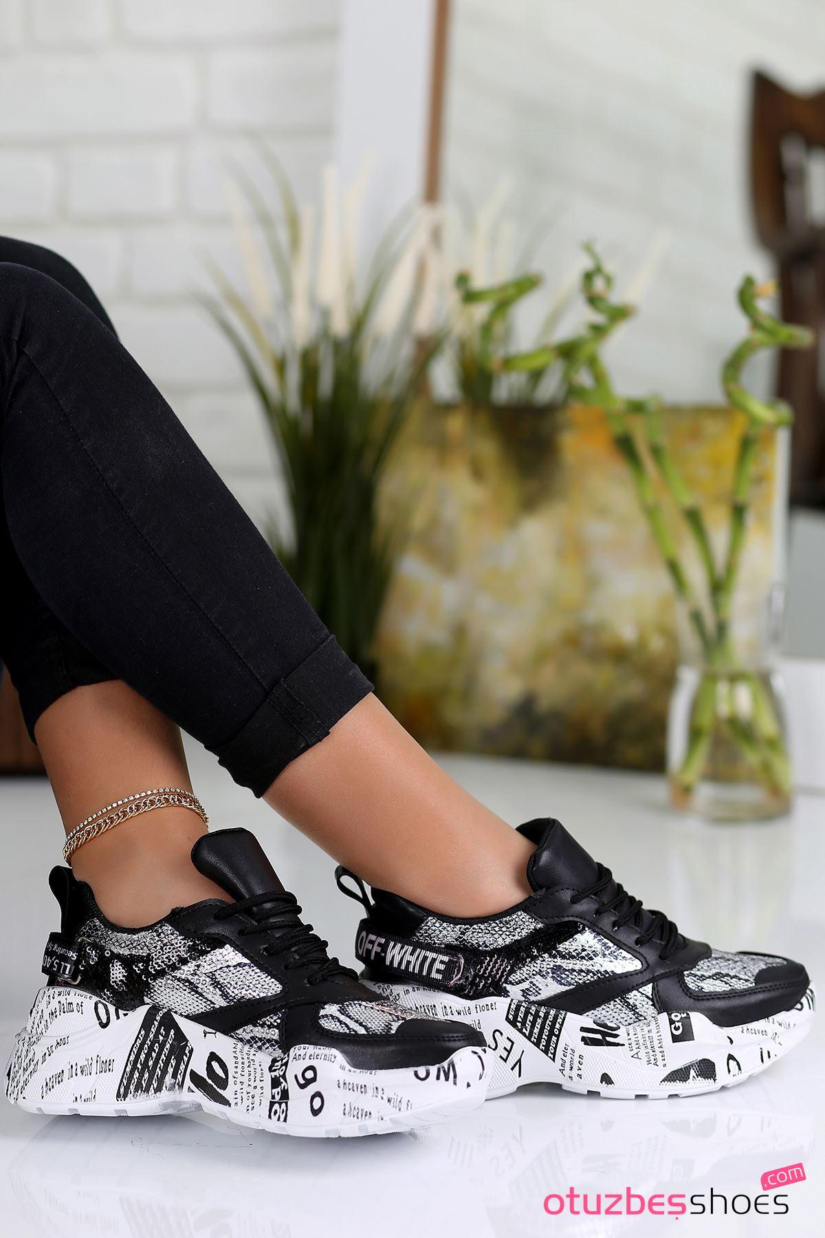 Hello Yazı Detay Arkası Cırtlı Spor Ayakkabı Siyah