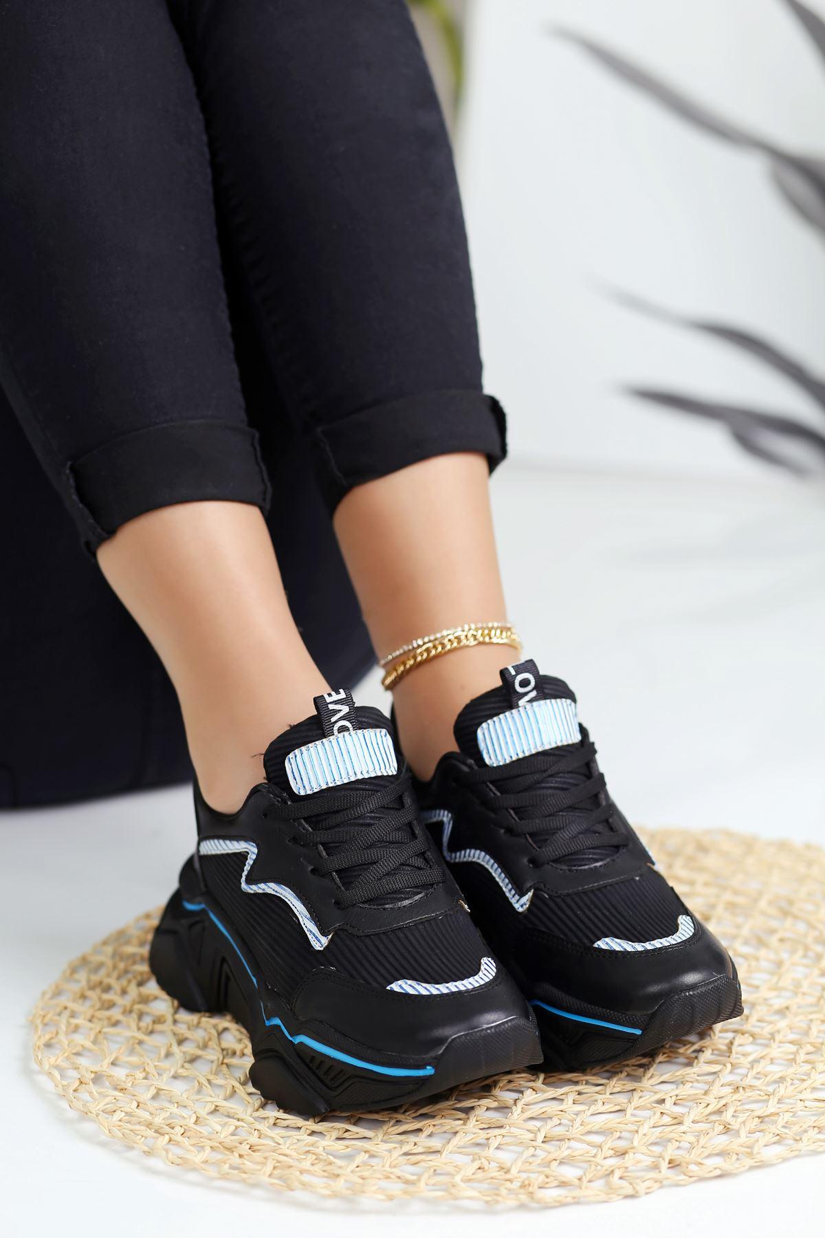 Ada Mavi Şeritli Spor Ayakkabı Siyah