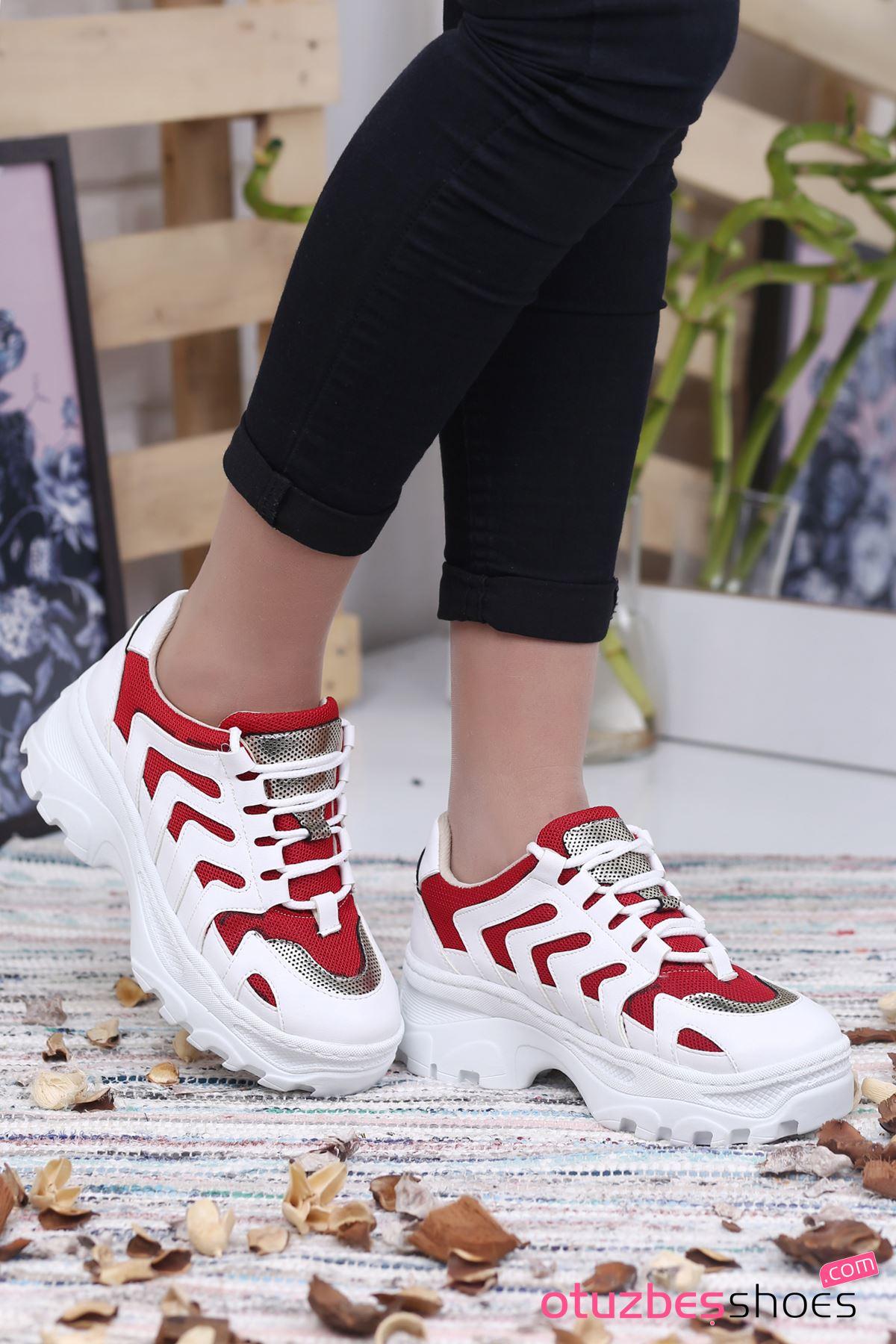 Karin Mat Deri Kırmızı Detay Bayan Spor Ayakkabı Beyaz