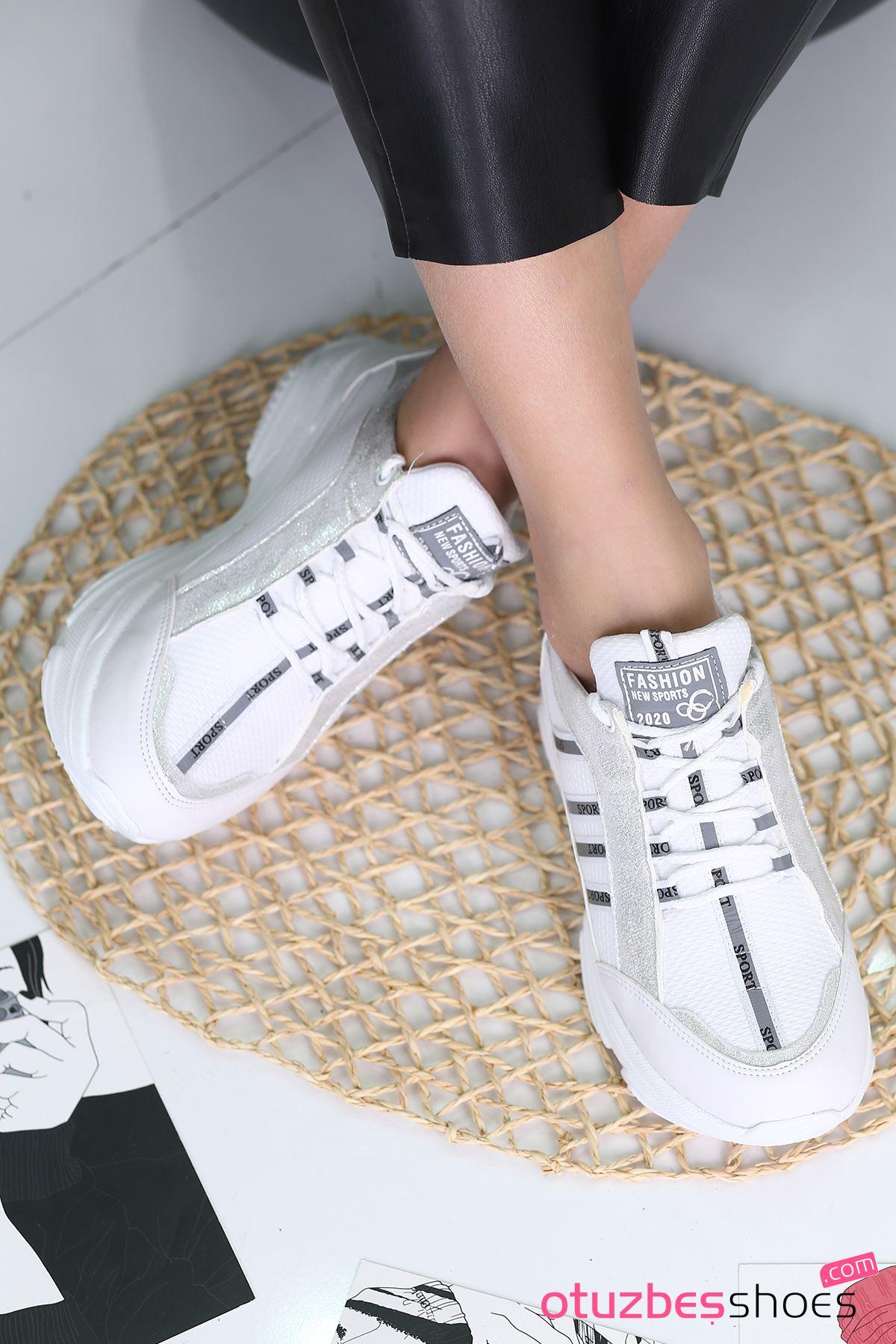 Fashion 500 Mat Deri Gümüş Detay Spor Ayakkabı Beyaz