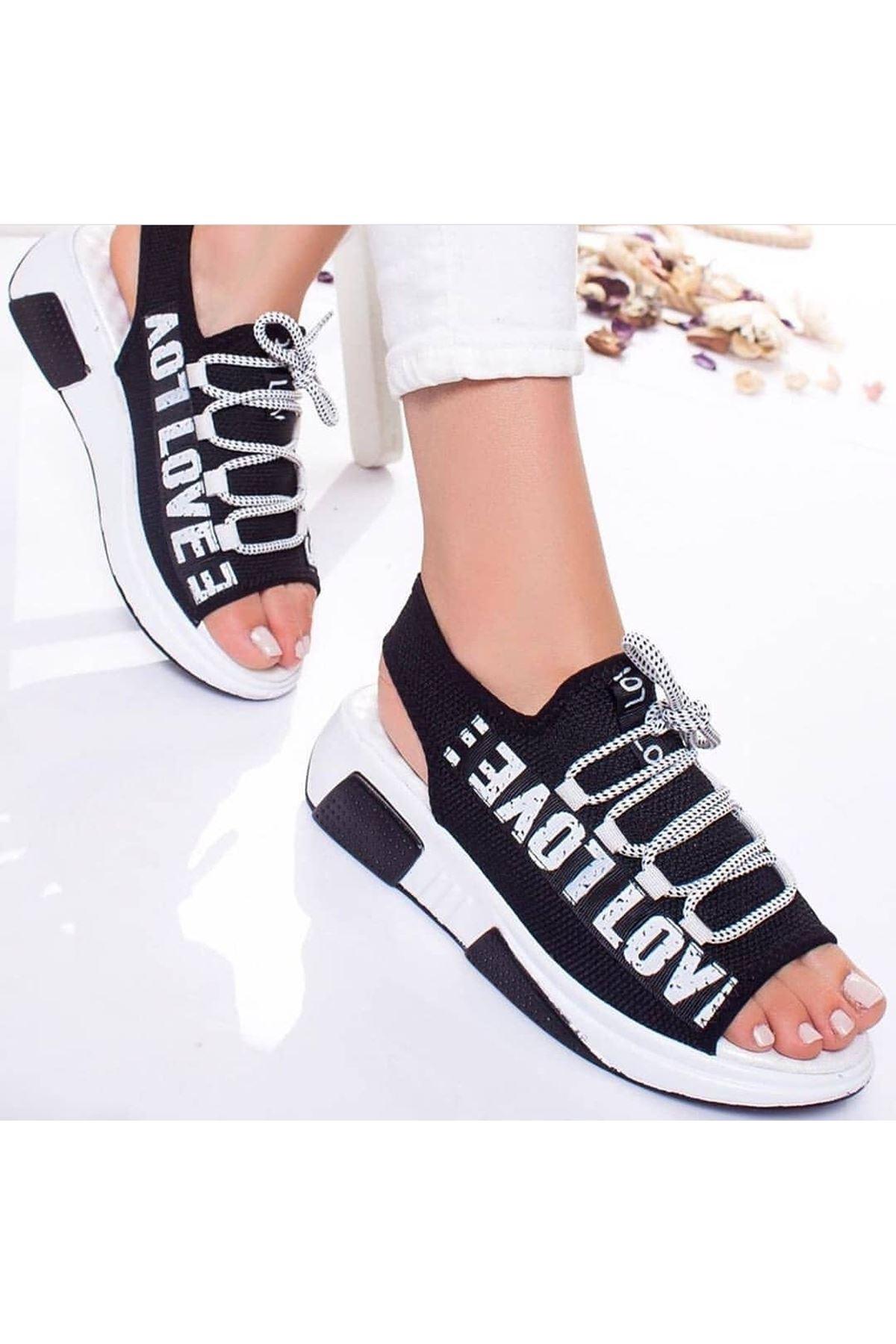 Lover Çelik Örgü Yazı Detay Sandalet Siyah