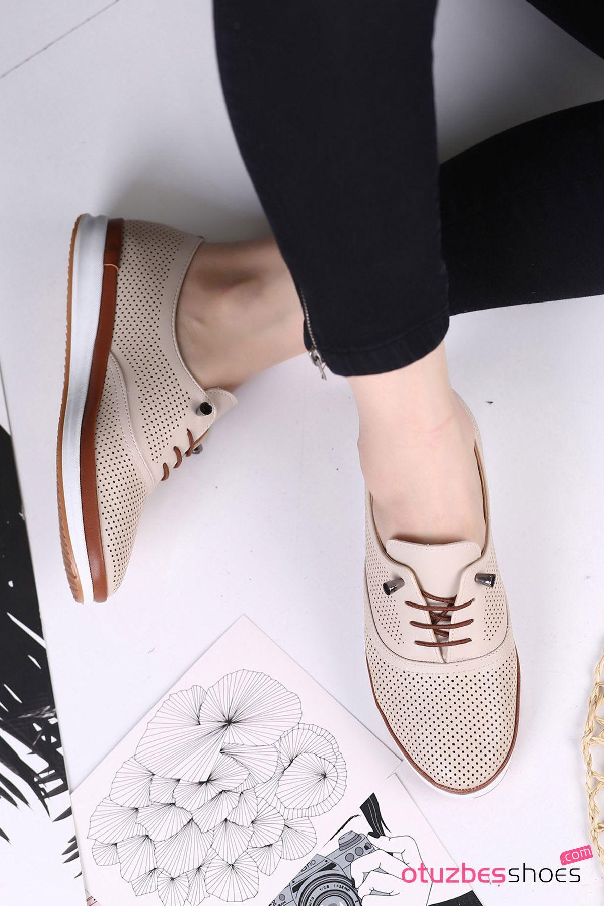 Atom Bağcık Detay Delikli Kadın Ayakkabı Ten