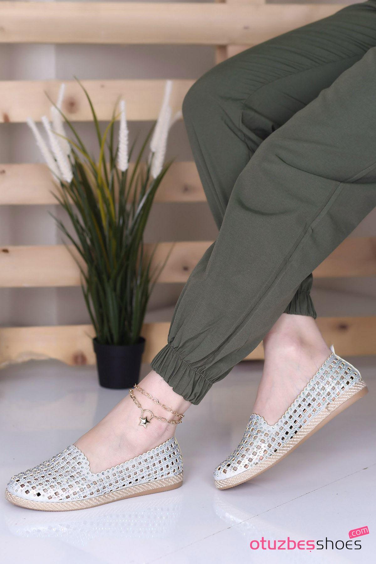 Simay Fileli Taş Detay Kadın Ayakkabı Gümüş