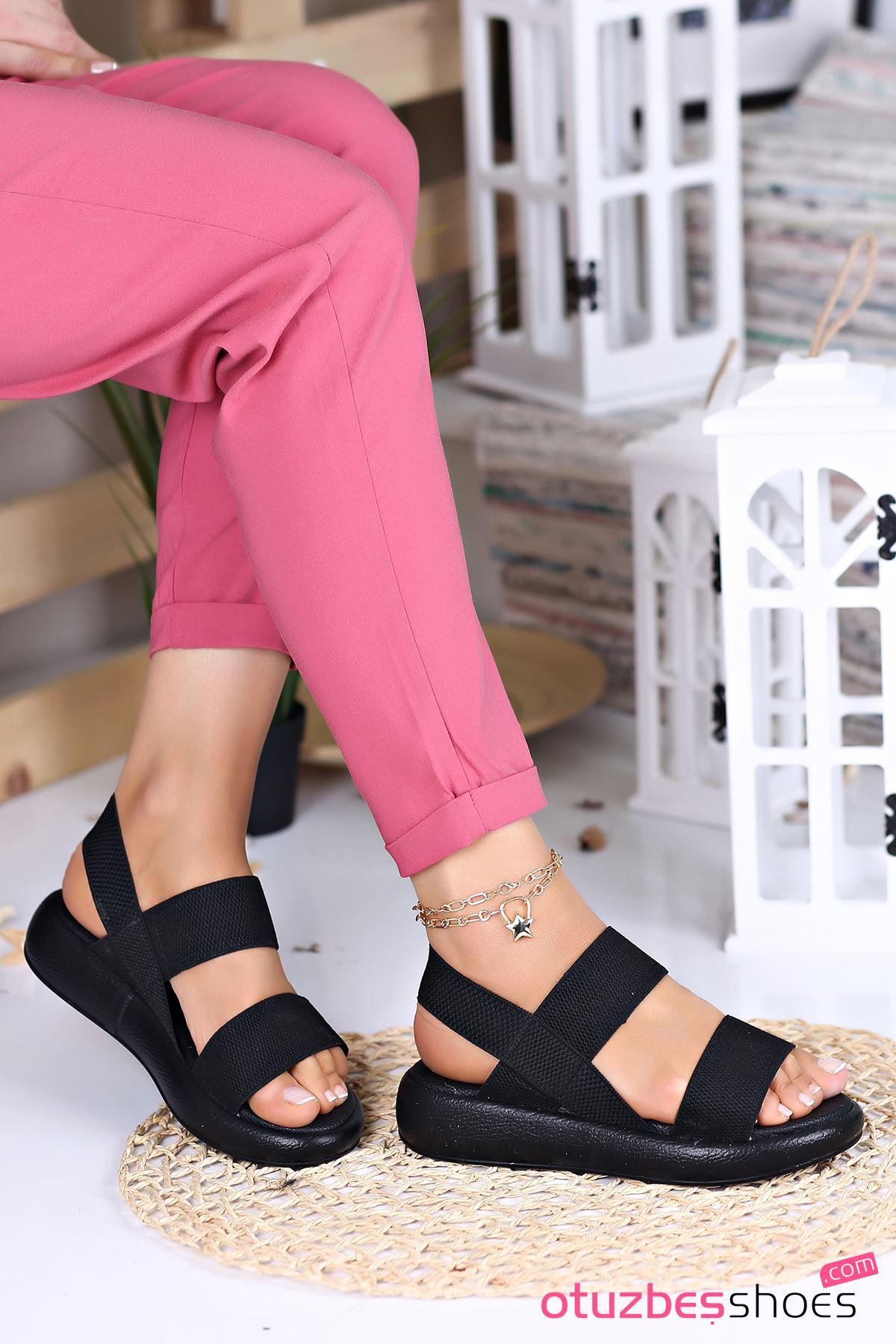 Kista Likralı Lastik Detay Kadın Sandalet Siyah