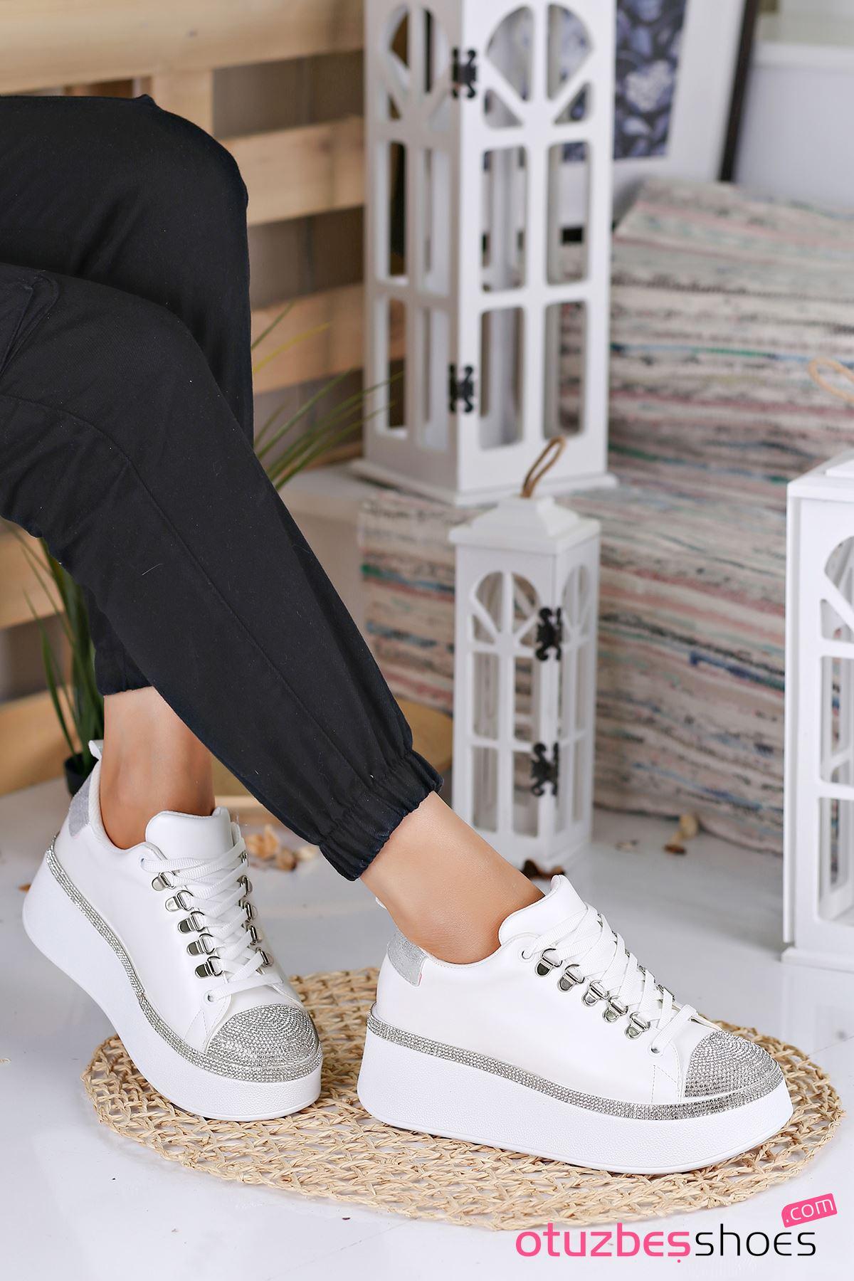 Majör Mat Deri Taş Detay Kalın Taban Spor Ayakkabı Beyaz