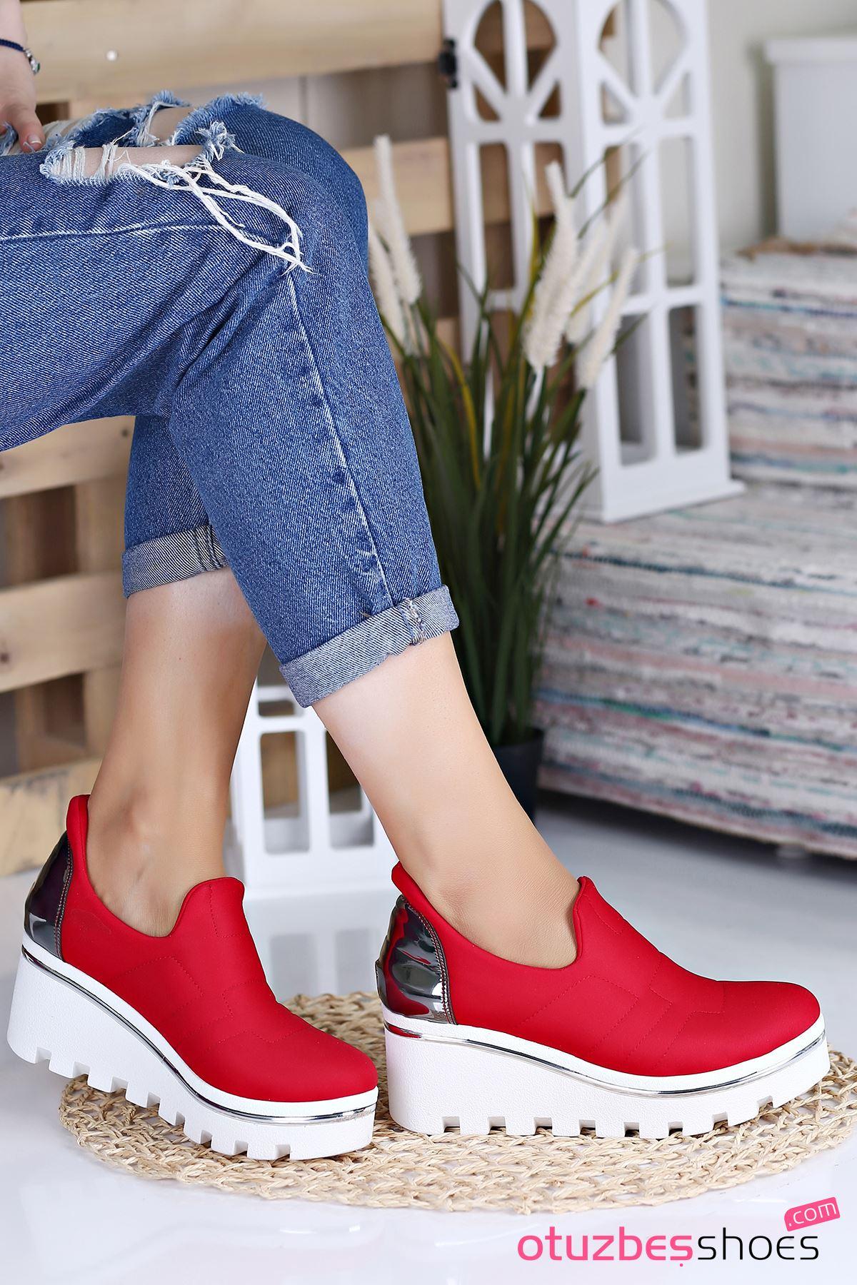 Anna Dalgıç Kumaş  Dolgu Topuk Ayakkabı Kırmızı