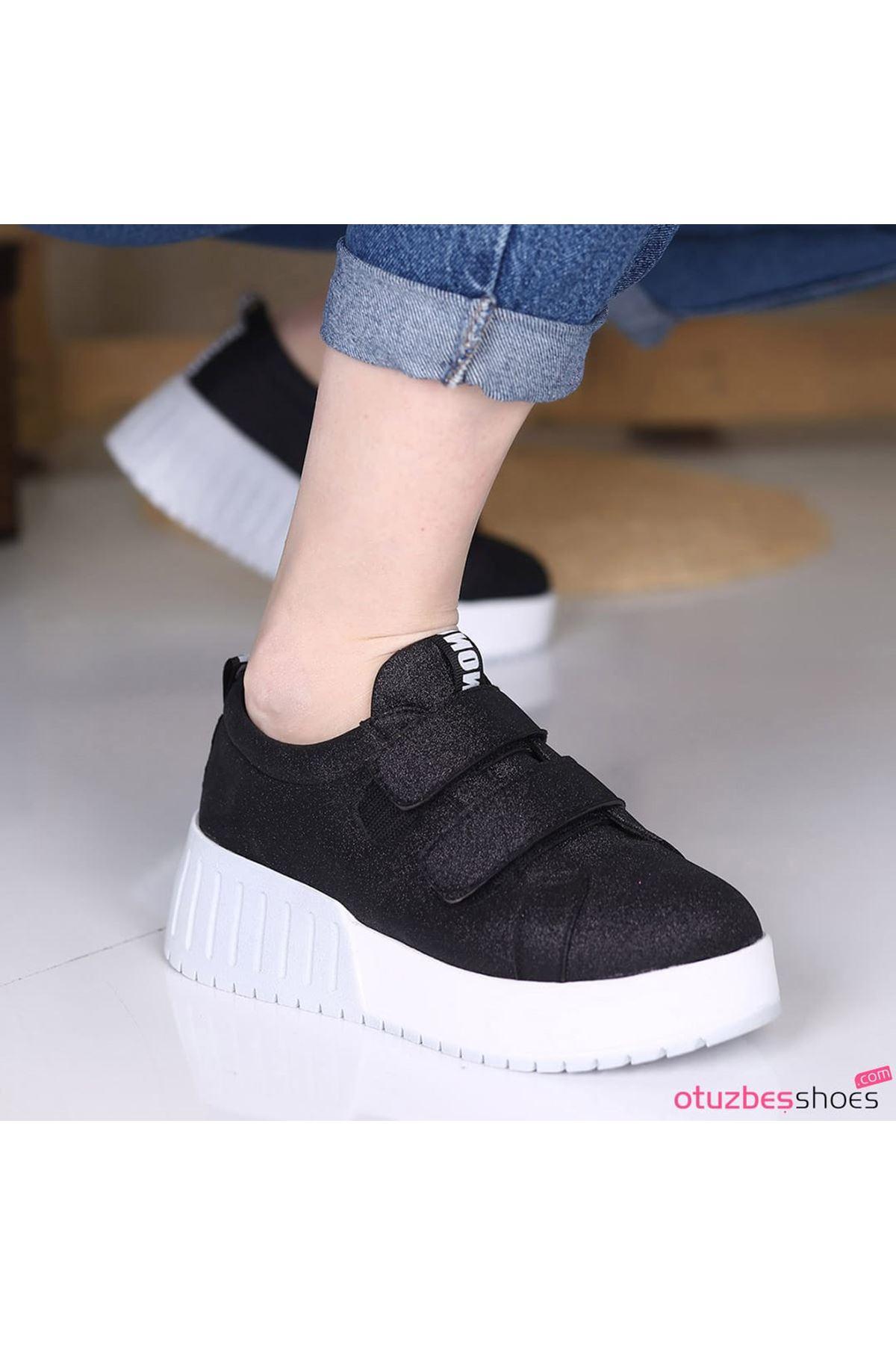 Mosso Simli Cırt Detay Beyaz Taban Siyah Spor Ayakkabı