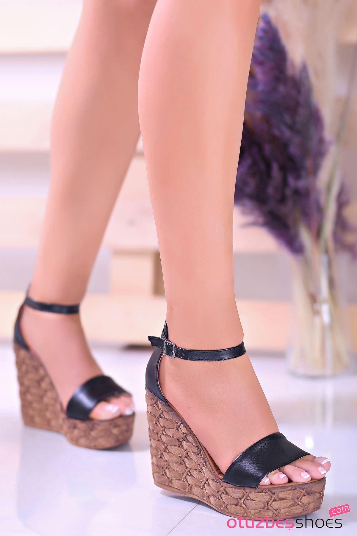 For You Siyah Dolgu Topuk Kadın Ayakkabı