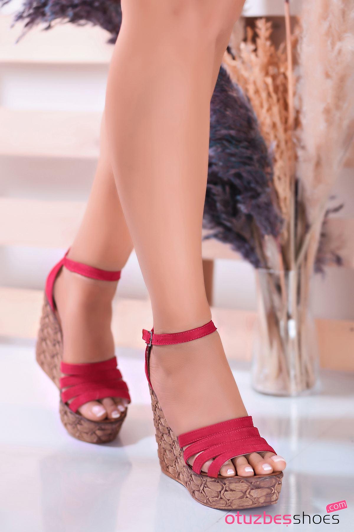 Alenz Kırmızı Süet Dolgu Topuk Kadın Ayakkabı