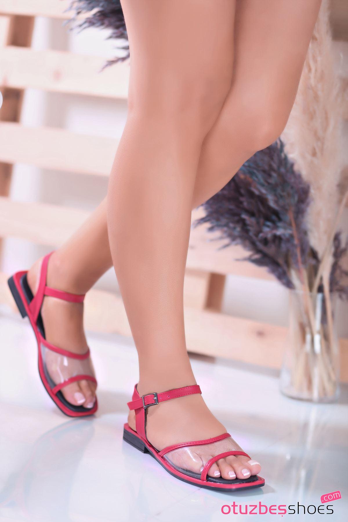Lorea Mat Deri Şeffaf Detay Kadın Sandalet Kırmızı