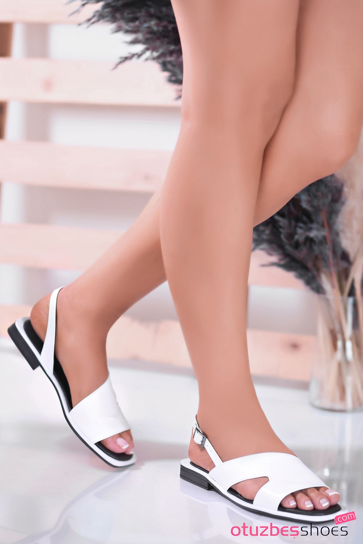Most Mat Deri Kadın Sandalet Beyaz