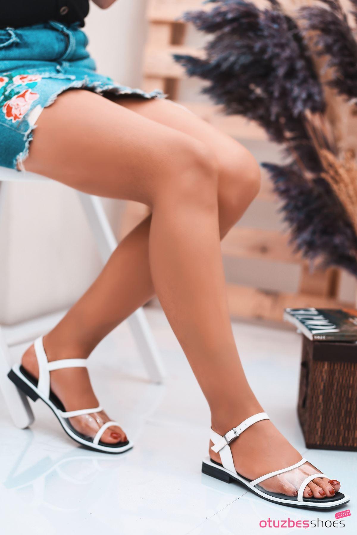 Lorea Mat Deri Şeffaf Detay Kadın Sandalet Beyaz