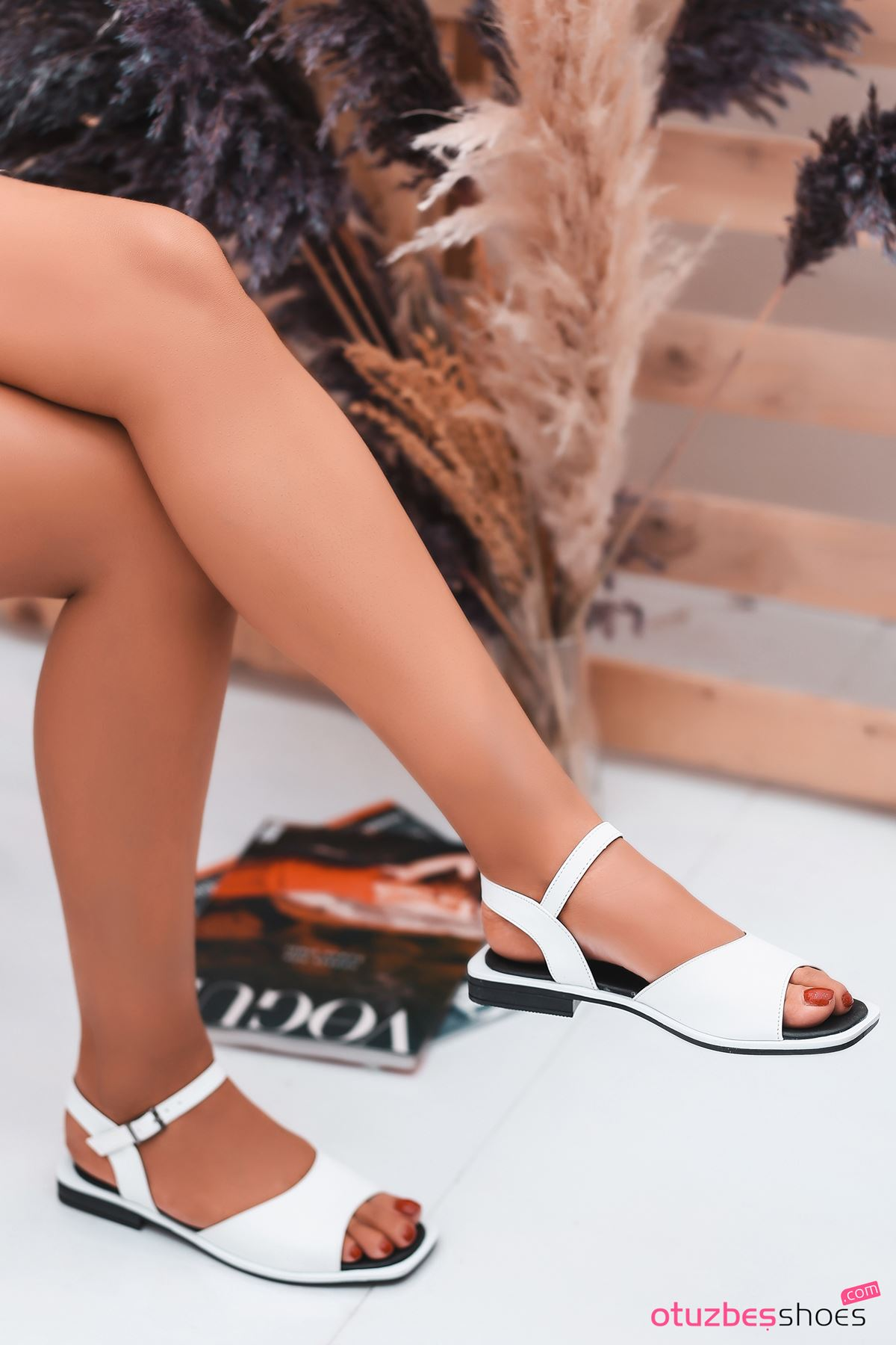 Mista Mat Deri Kadın Sandalet Beyaz