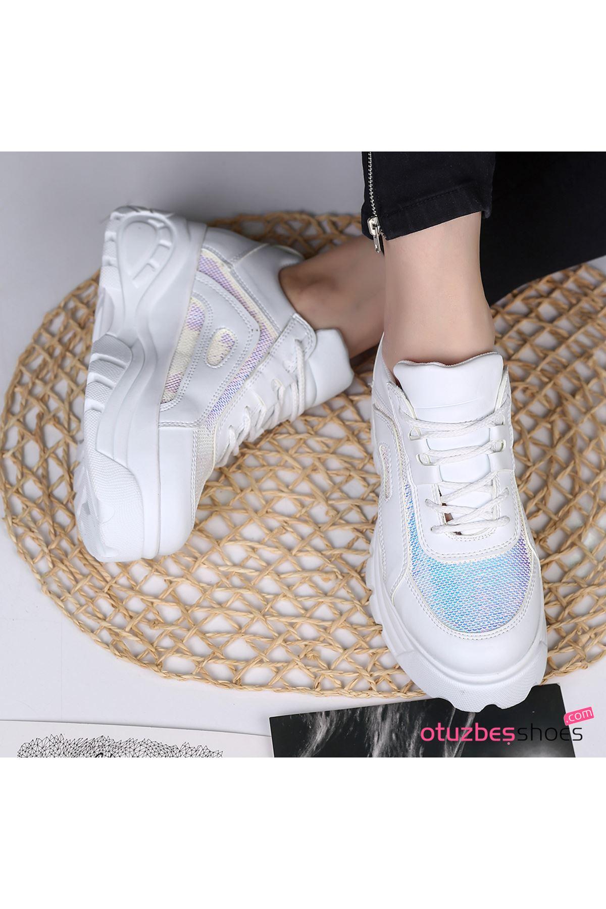 Agnes Mat Deri Mavi Pul Detay Kalın Taban Spor Ayakkabı Beyaz