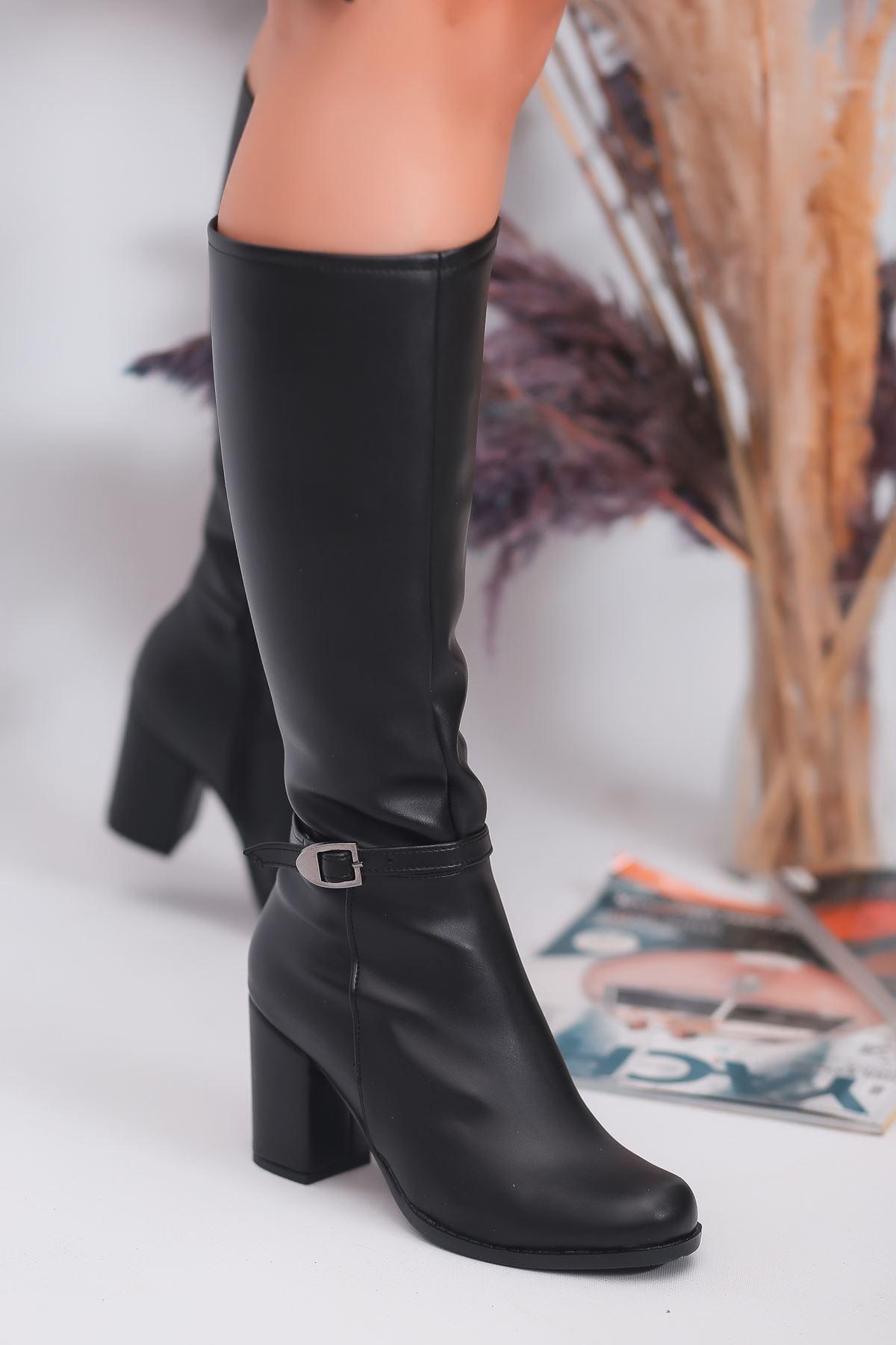 Madil Toka Detay Kadın Çizme Siyah