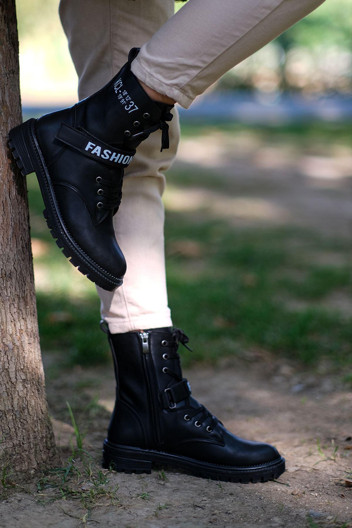 Adriana Mat Deri Cırt Detay Bağcıklı Postal Siyah