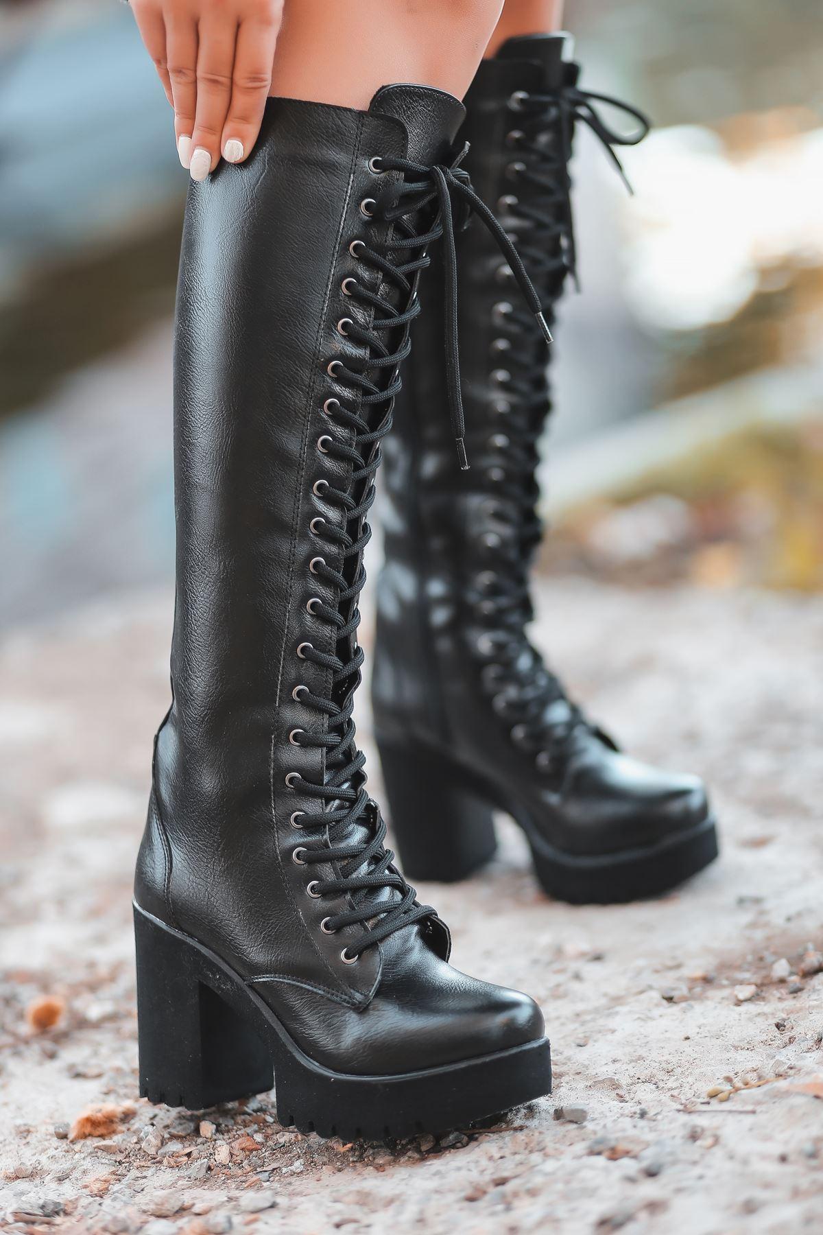 Rock Bağcık Detay Fermuarlı Siyah Kadın Çizme