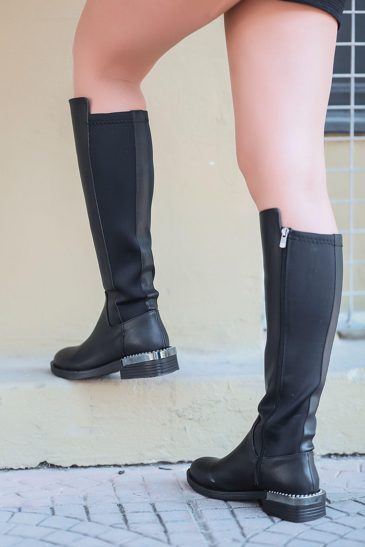 Rozza Fermuar Detaylı Siyah Kadın Çizme