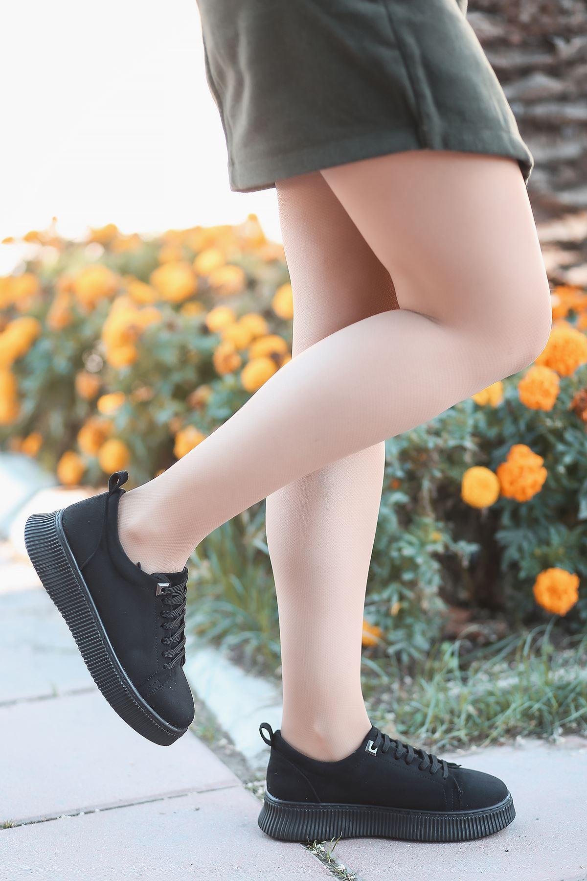 Dorris Bağcık Detaylı Siyah Süet Kadın Sneaker
