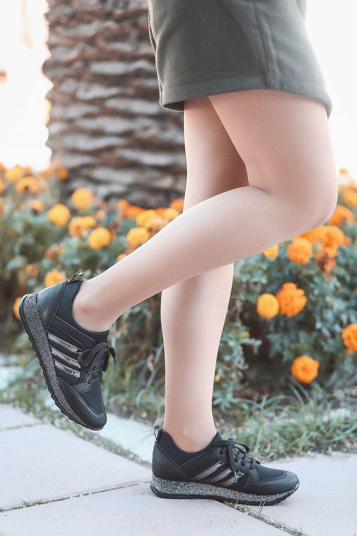 Galax Bağcık Detaylı Simli Taban Siyah Kadın Spor Ayakkabı