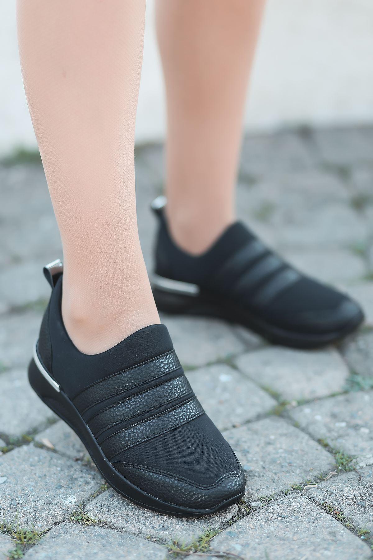 Mita Siyah Kadın Spor Ayakkabı