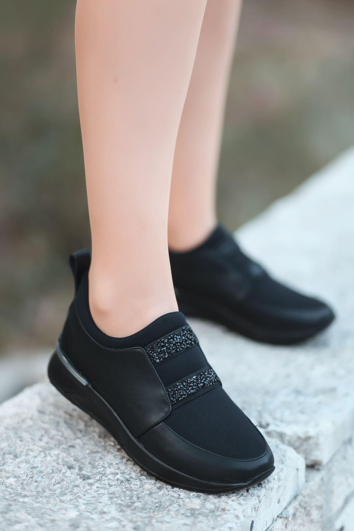 Oliver Taş Detaylı Siyah Kadın Spor Ayakkabı Siyah Taban