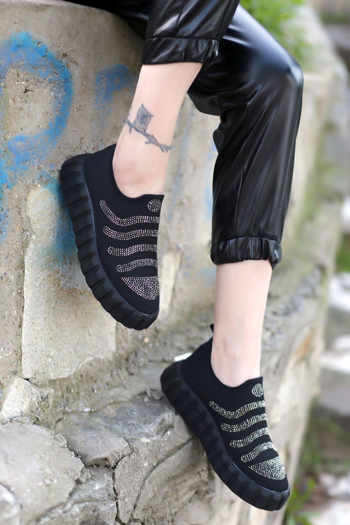 Ezel Taş Detaylı Triko Siyah Kadın Spor Ayakkabı