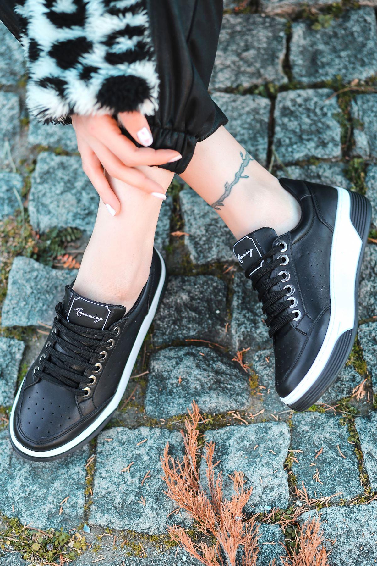 Fuzzy Mat Deri Siyah Taban Bağcık Detay Siyah Sneakers