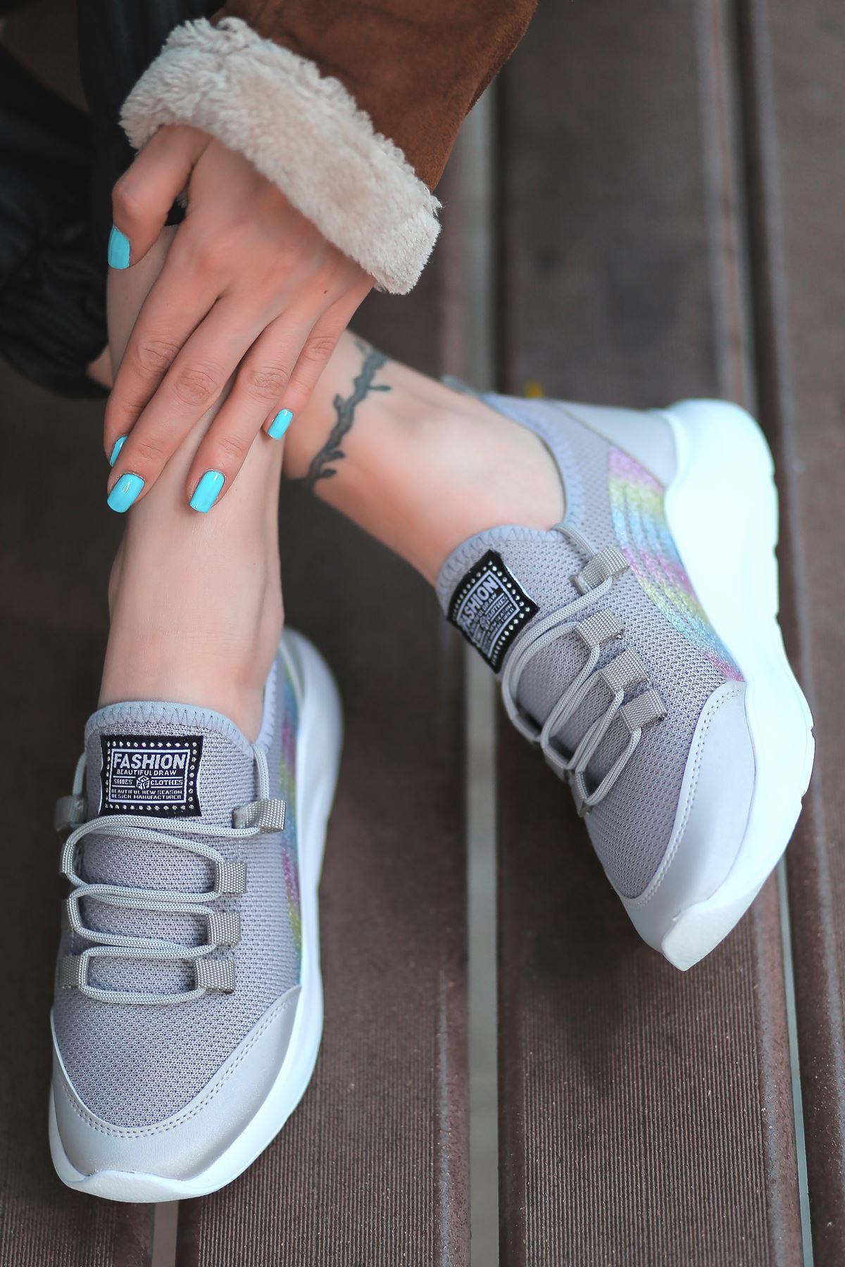 Alix Bağcık Detaylı Triko Gri Simli Kadın Spor Ayakkabı