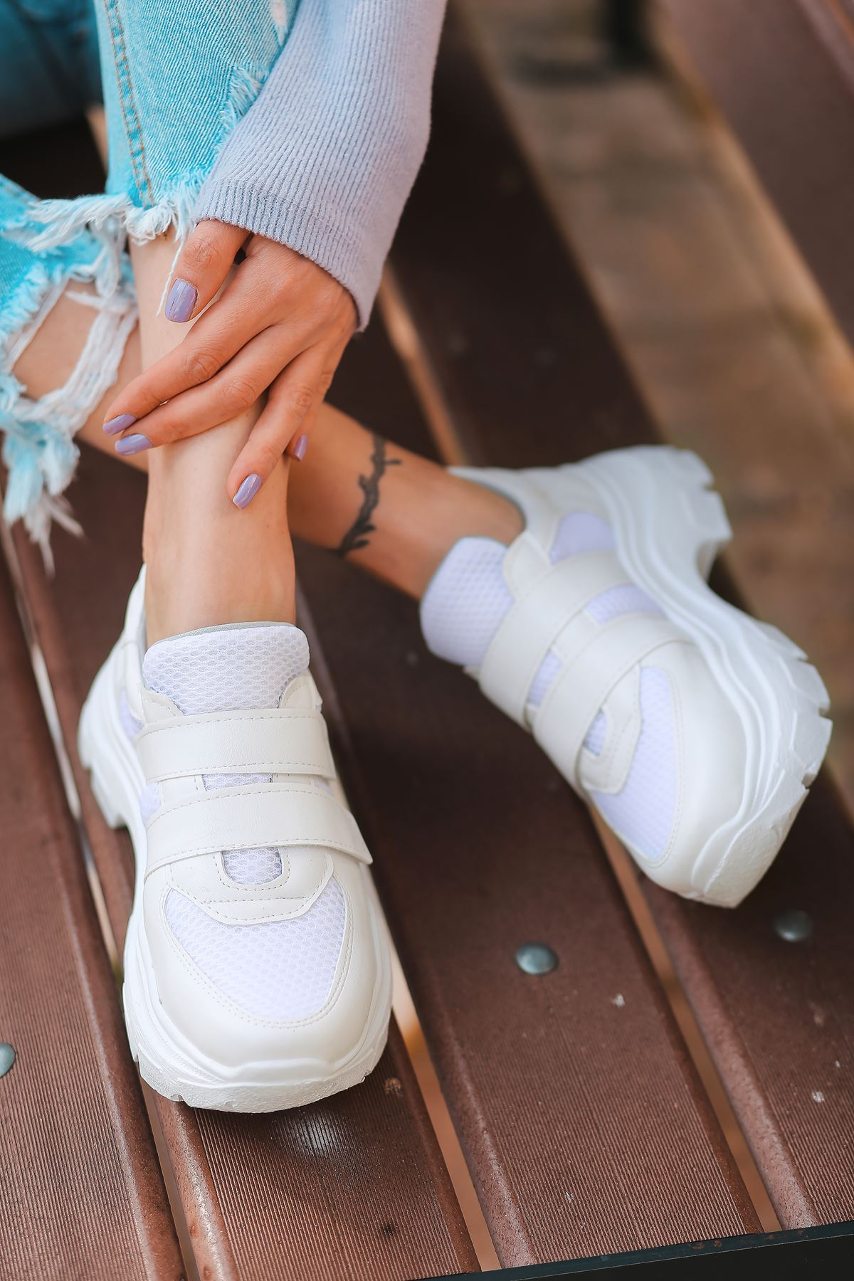 Public Cırt Detaylı Fileli Beyaz Kadın Spor Ayakkabı