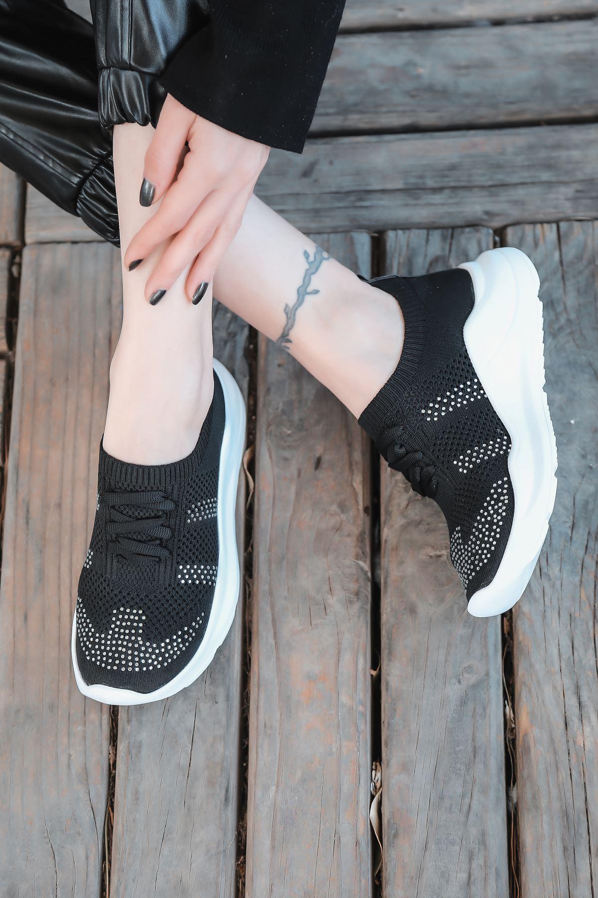 Anzel Bağcık Detaylı Siyah Triko Taşlı Kadın Spor Ayakkabı