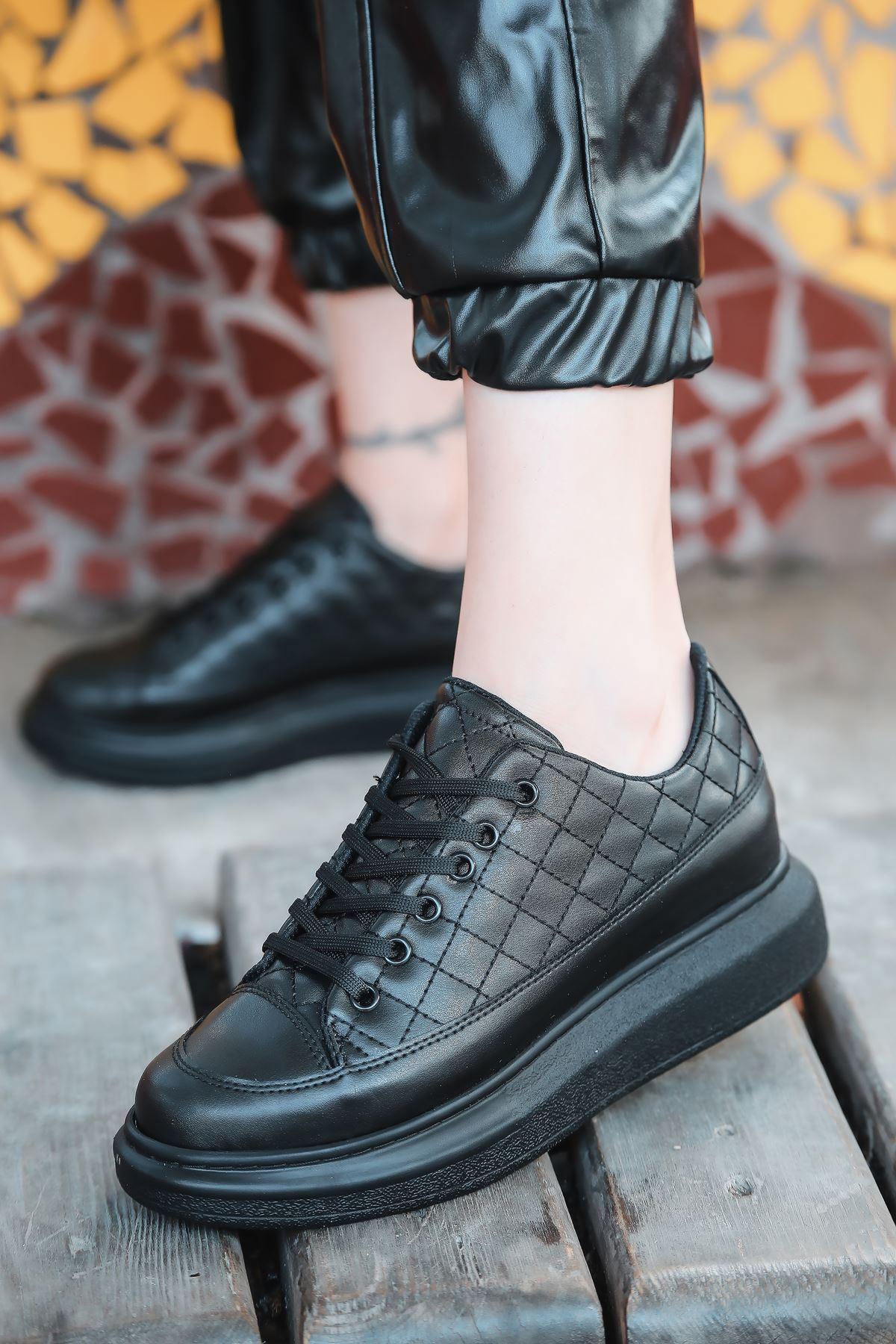 Armon Kapitone Detaylı Siyah Kadın Spor Ayakkabı