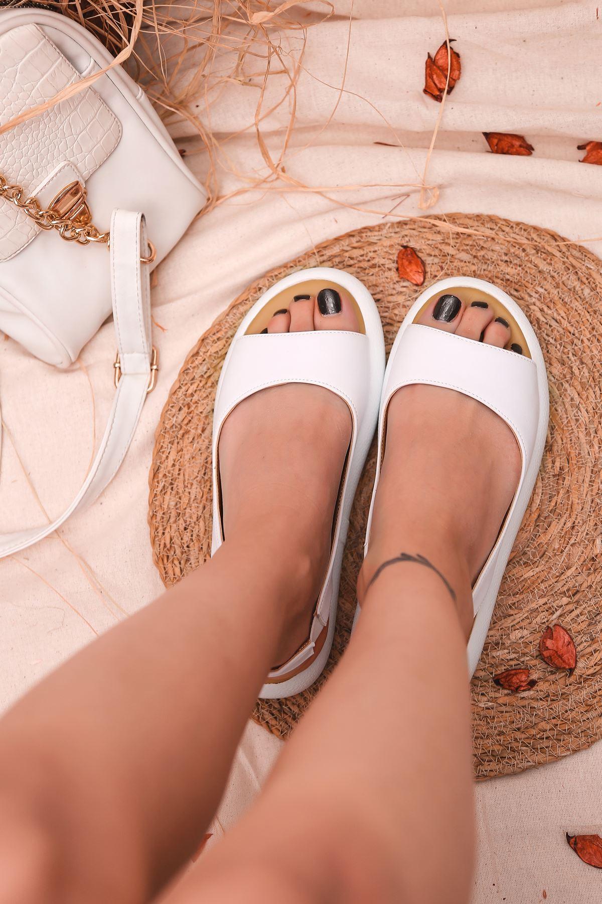 Valeria Mat Deri Tek Bant Kadın Sandalet Beyaz