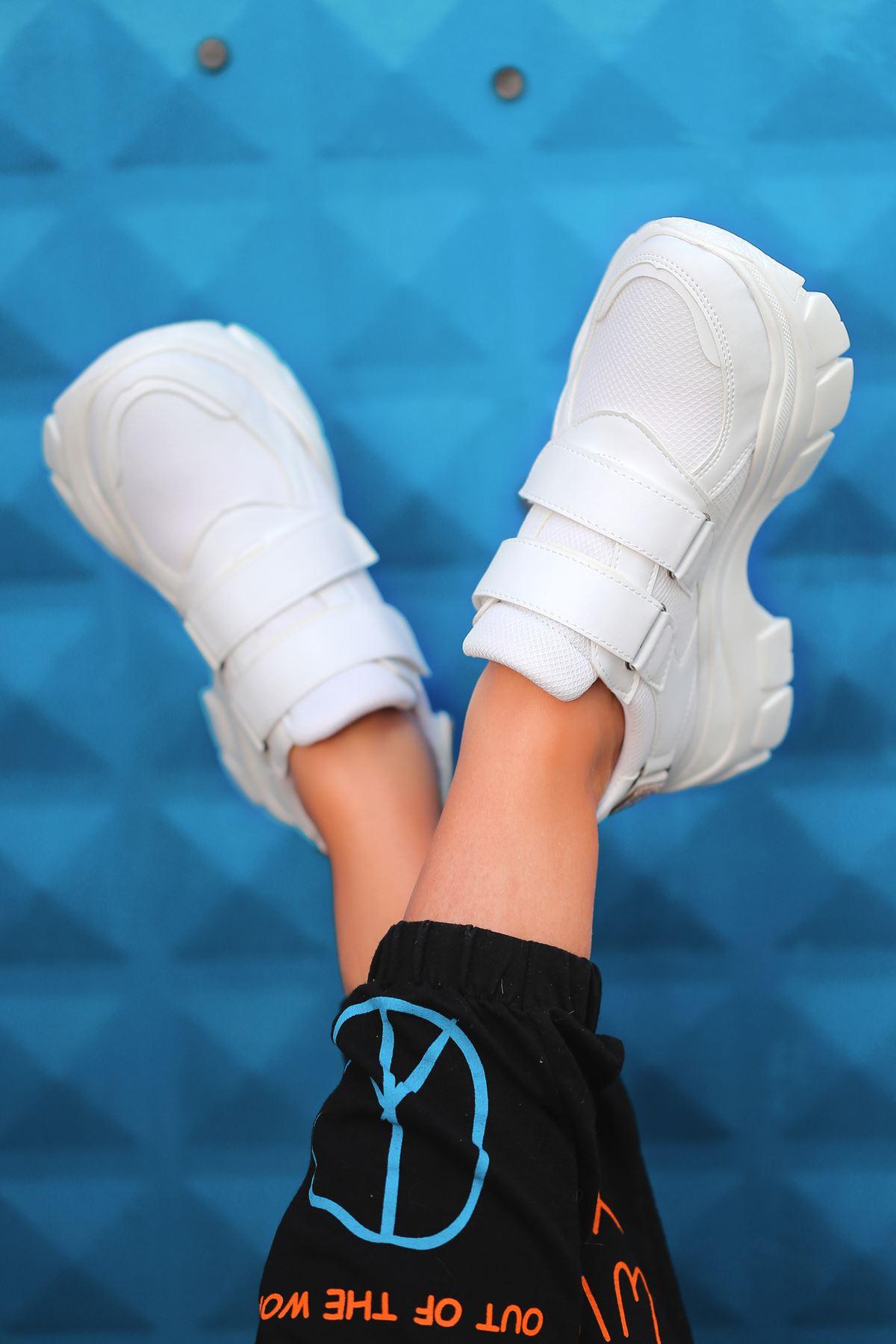 Public Taş Detaylı Fileli Beyaz Kadın Spor Ayakkabı