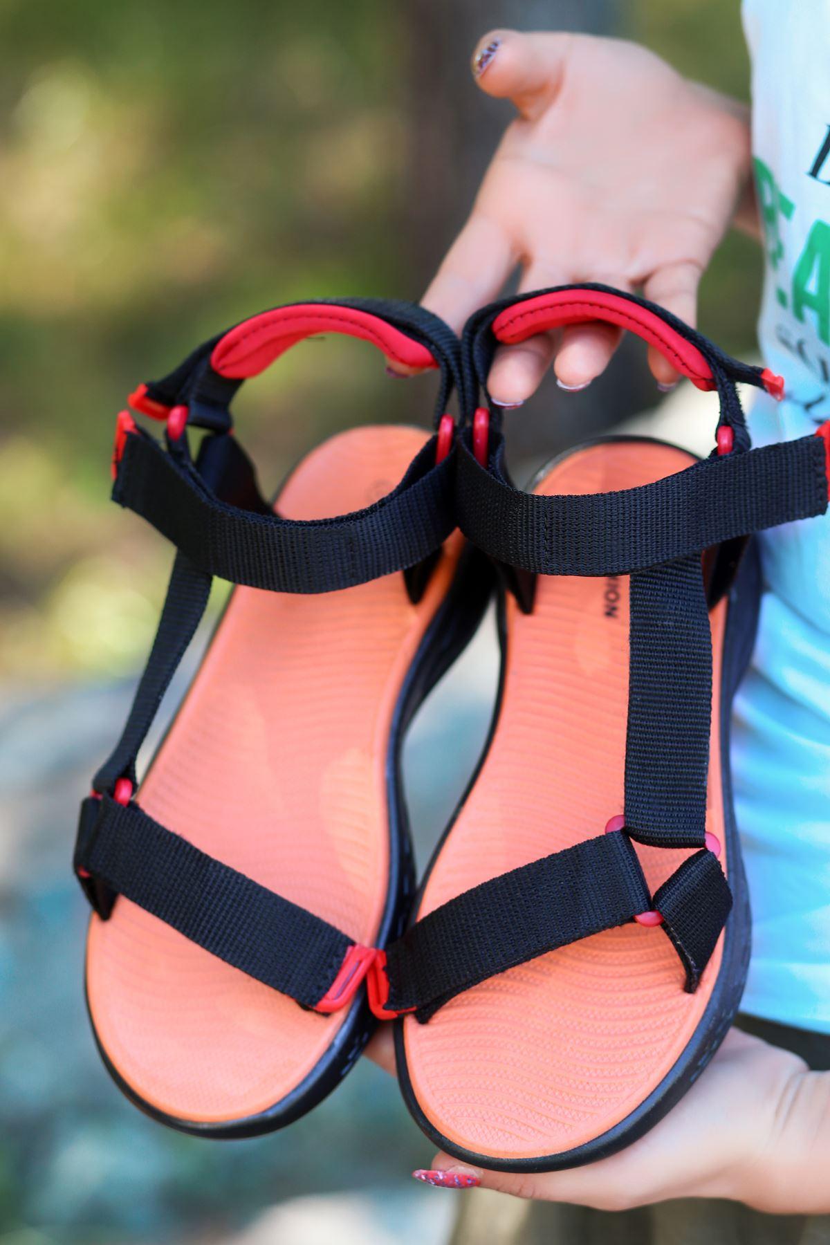 King Siyah Cırtlı Kadın Sandalet