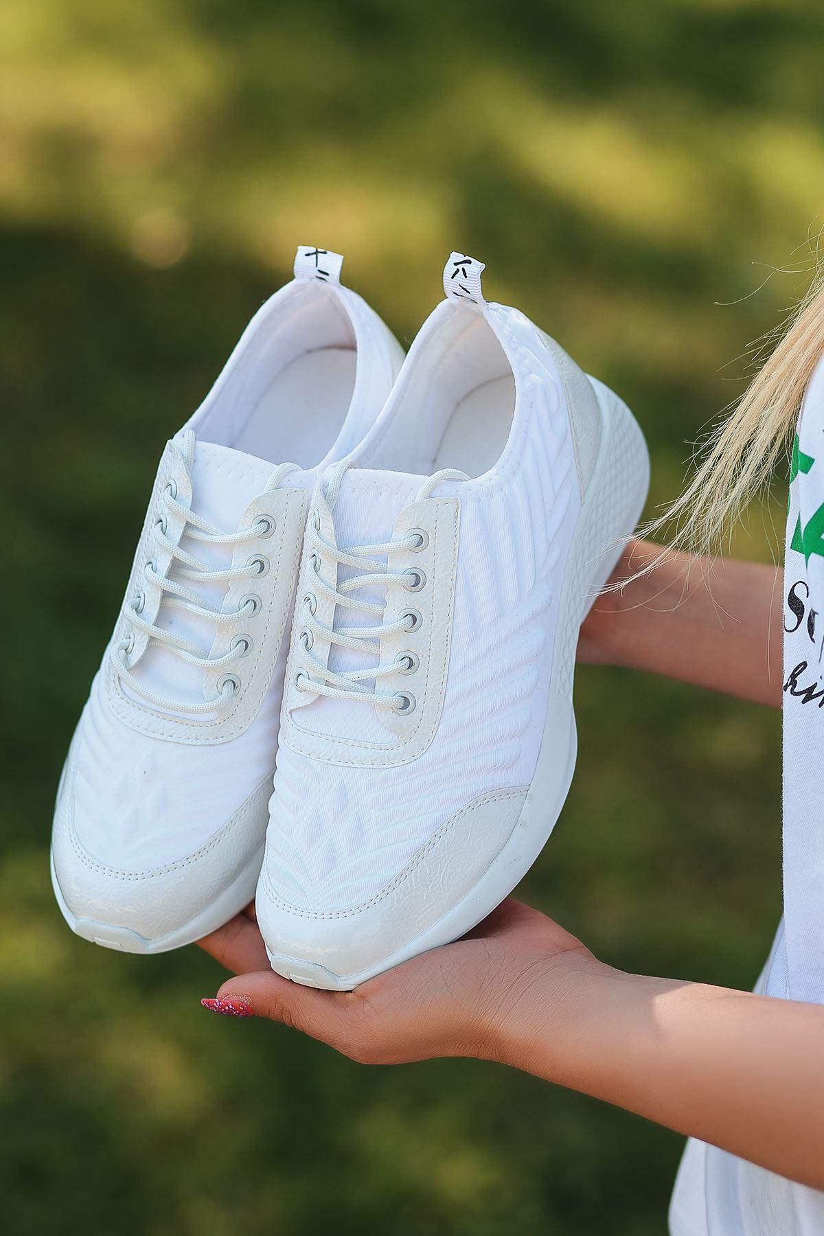 Otuzbes 2022 Kabartma Baskılı Günlük Spor Beyaz Kadın Spor Ayakkabı