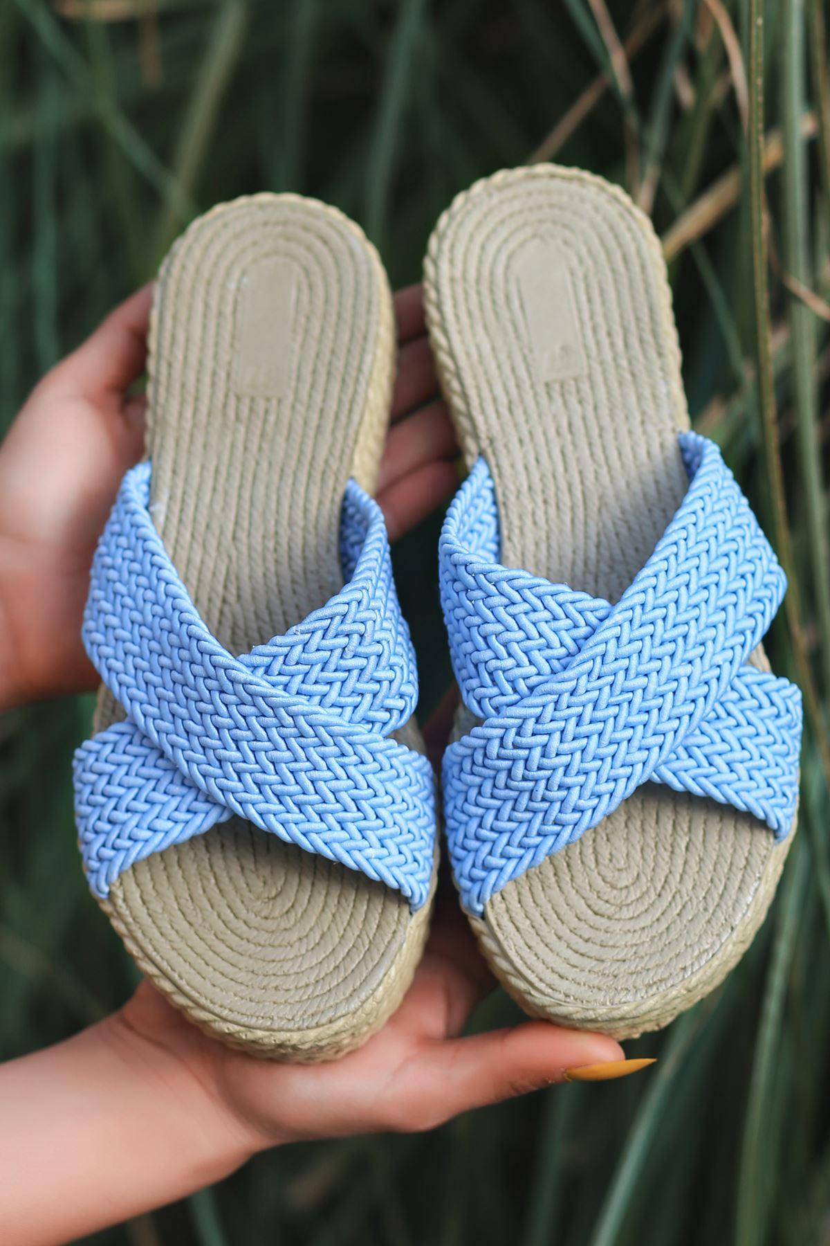 Magma Örgülü Bebek Mavi Kadın Terlik