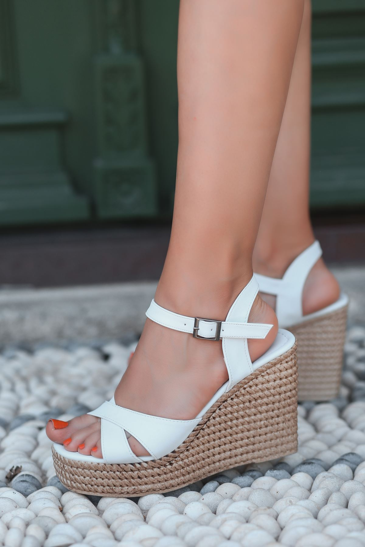 Ragos Beyaz Dolgu Topuk Kadın Ayakkabı