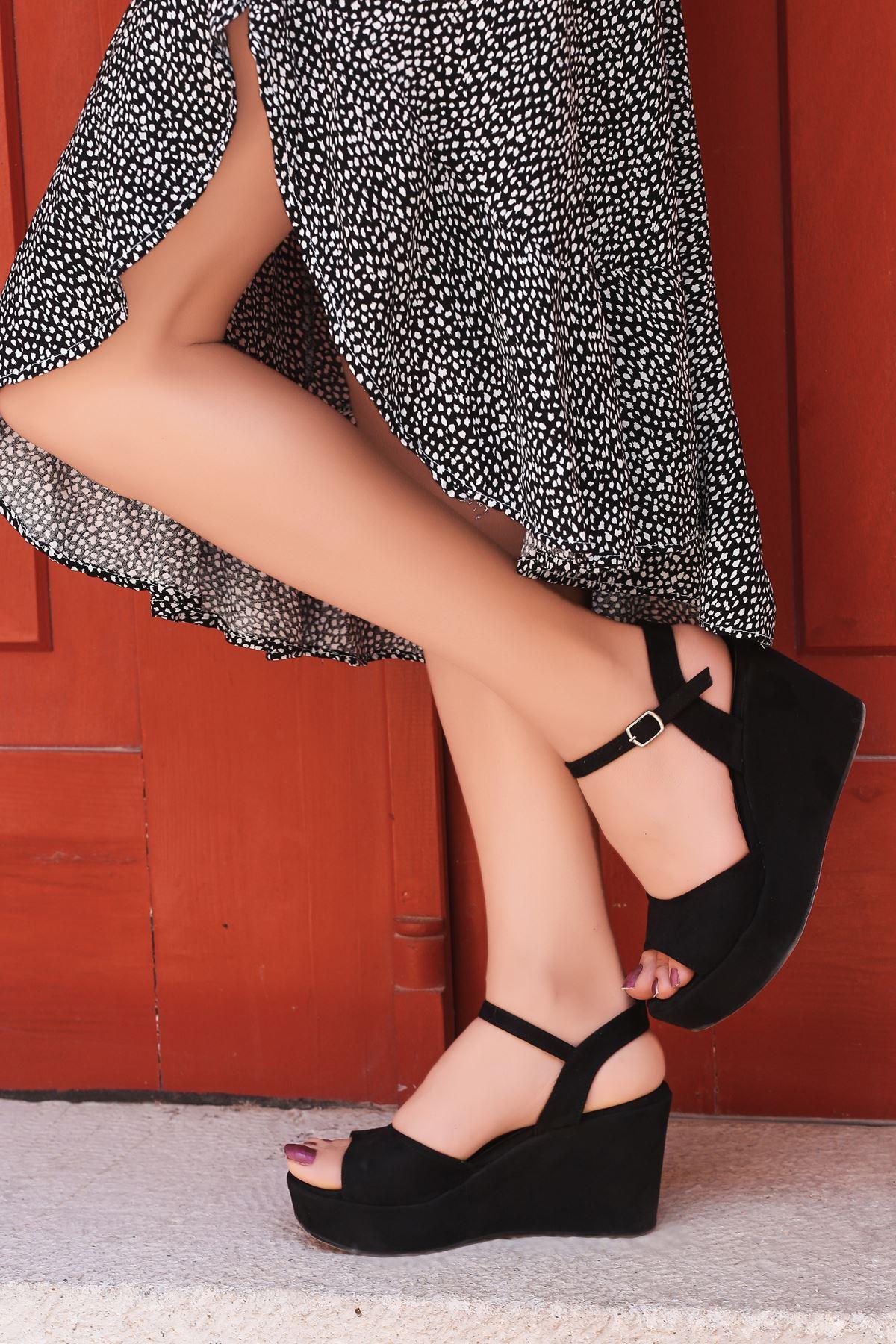 Fulya Siyah Süet Dolgu Topuk Kadın Ayakkabı