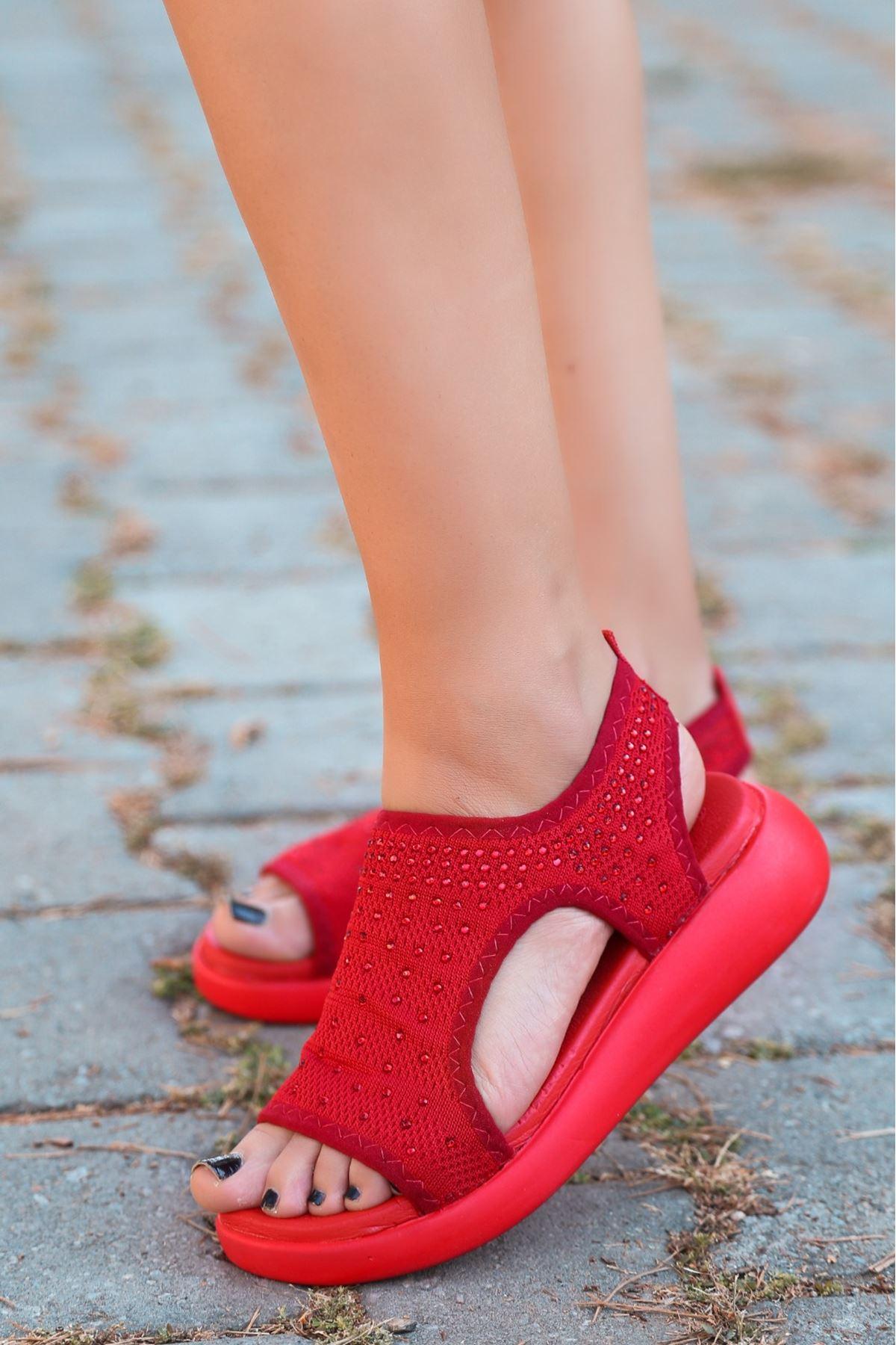 Merne Taş Detaylı Triko Kırmızı Kadın Sandalet